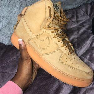Wheat Nike's